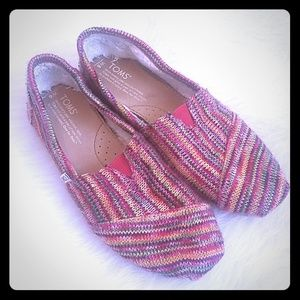 TOMS Multi Color Knitted Faux Wool Lined Shoes